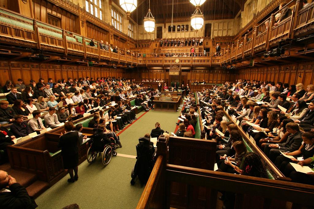Hội trường Hạ viện Anh (Ảnh: myfreewallpapershub.com)