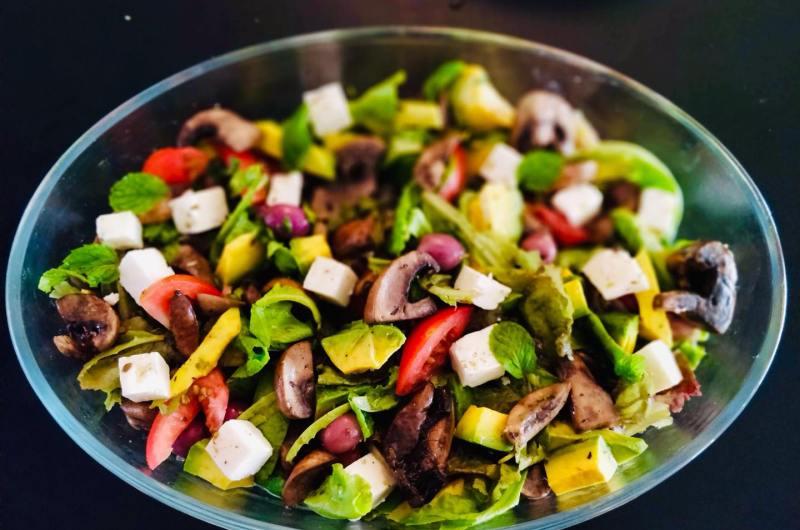 Mushroom and Avo Salad