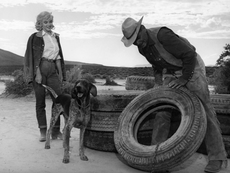 misfits-the-1961-009-marilyn-monroe-with-dog-clark-gable-with-tire ...