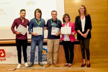 Ganador Categoría de bebé, Carlos Funes , juanto a sus compañeros nominados y a Poli Servian, representante de la Fundación Caja Rural Granada, patrocinadora de premio de esta categoría.