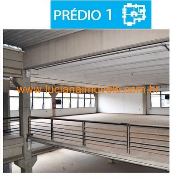 nu08303 (13)
