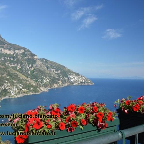 Costiera Amalfitana - vista dalla strada provinciale