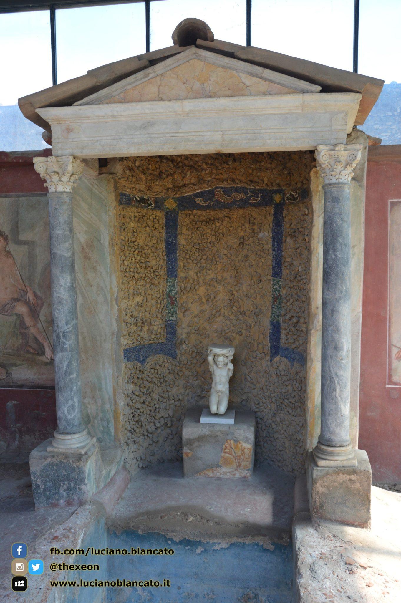 Pompei - scavi - dettagli case/affreschi