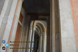 copy_4_Reggia di Caserta - Cortili interni palazzo