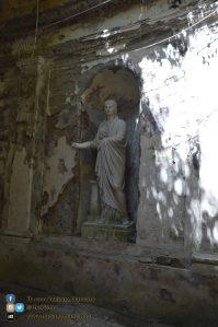 copy_1_Reggia di Caserta - Giardino inglese - statue