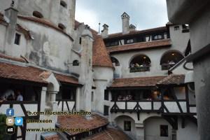 Bucarest - Castello di Bran - Vista interno del castello