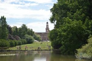 Milano - Parco Sempione vista su Castello Sforzesco - Lombardia - Italia