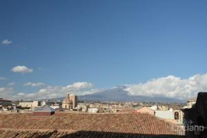 Vista dell'etna, dalla Chiesa della Badia di Sant'Agata, durante i festeggiamenti per Sant'Agata 2019 - Catania (CT)