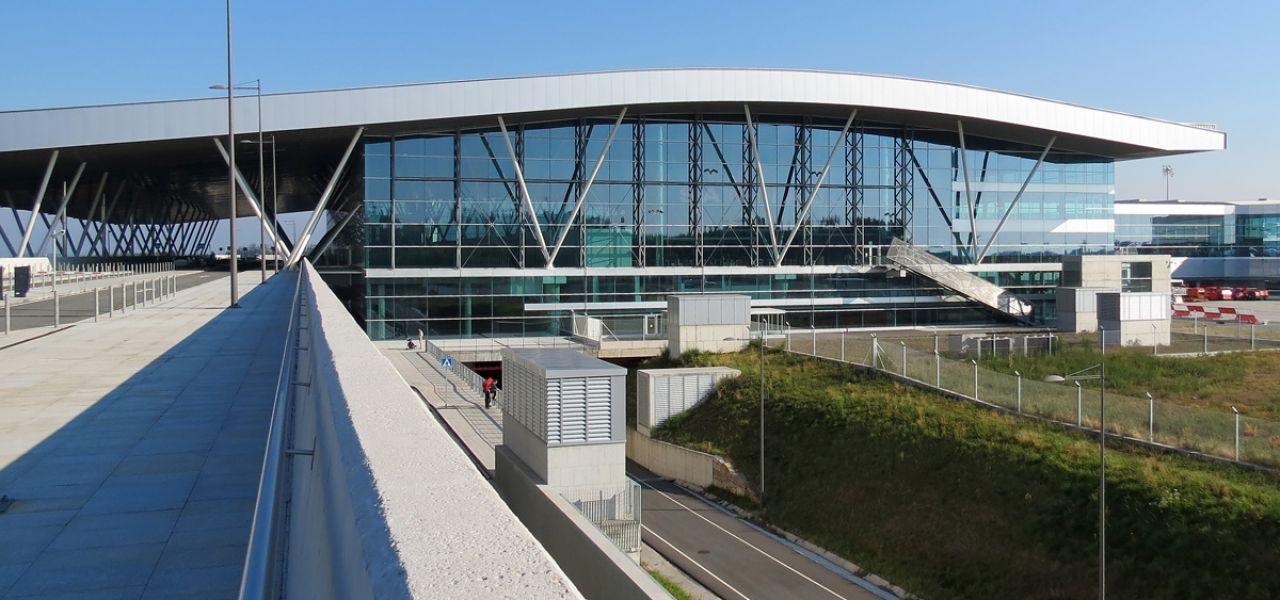 Come Andare Dall'aeroporto Di Santiago de Compostela (SCQ) Al Centro - luciano blancato