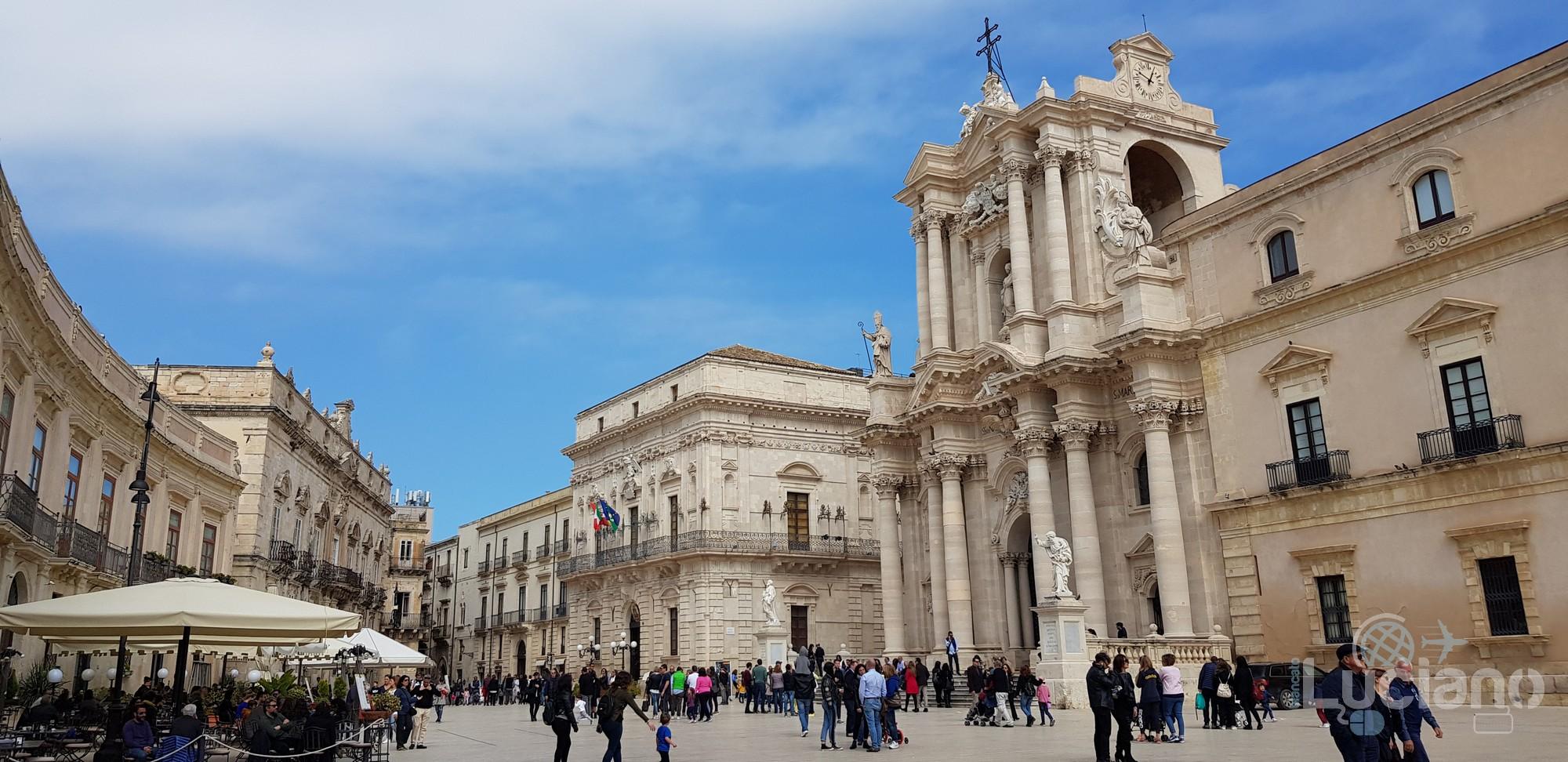 Siracusa - Piazza del Duomo -  Ortigia