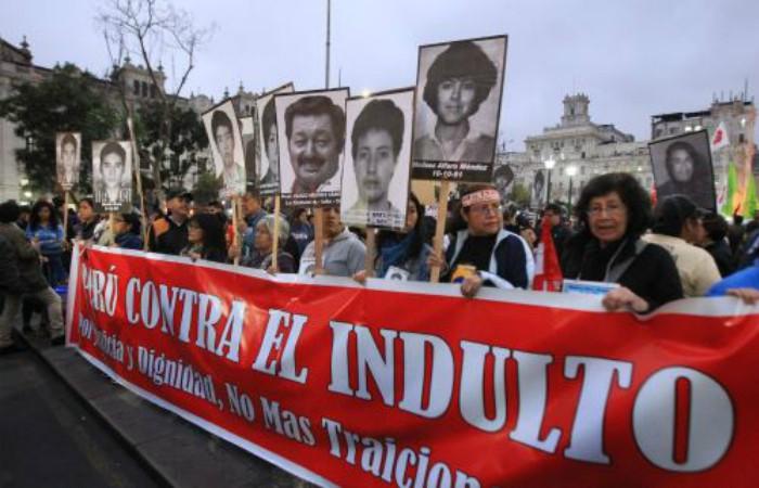 Fiscalía interroga a presidente de Perú por caso Odebrecht