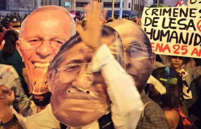 Aprobación de Kuczynski sigue cayendo tras indulto a Fujimori