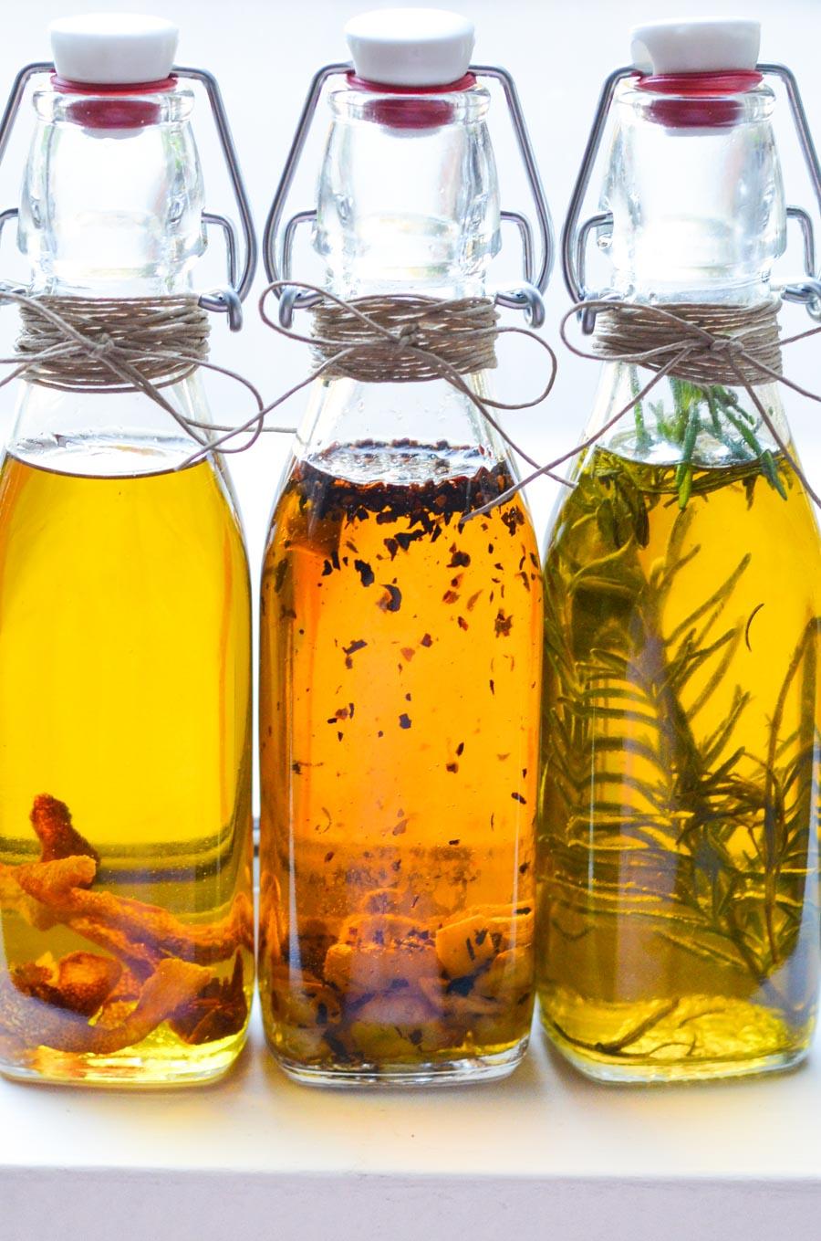 Zeta Extra Virgin Olive Oil Variety Pack, 1 of each flavor; Hot Pepper, Lemon, and Garlic & Basil.