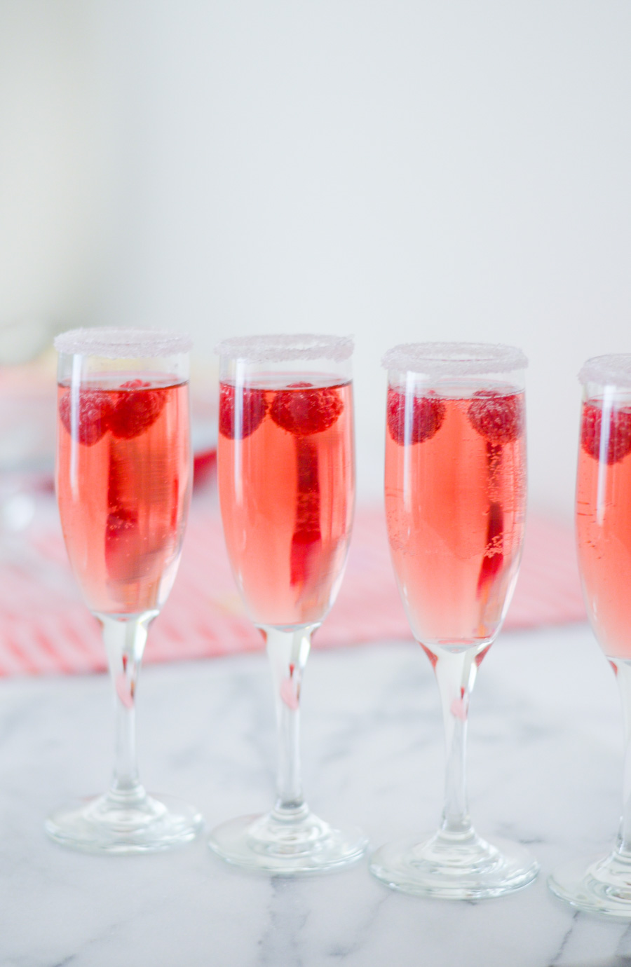 Rosé Cocktail w. Raspberries