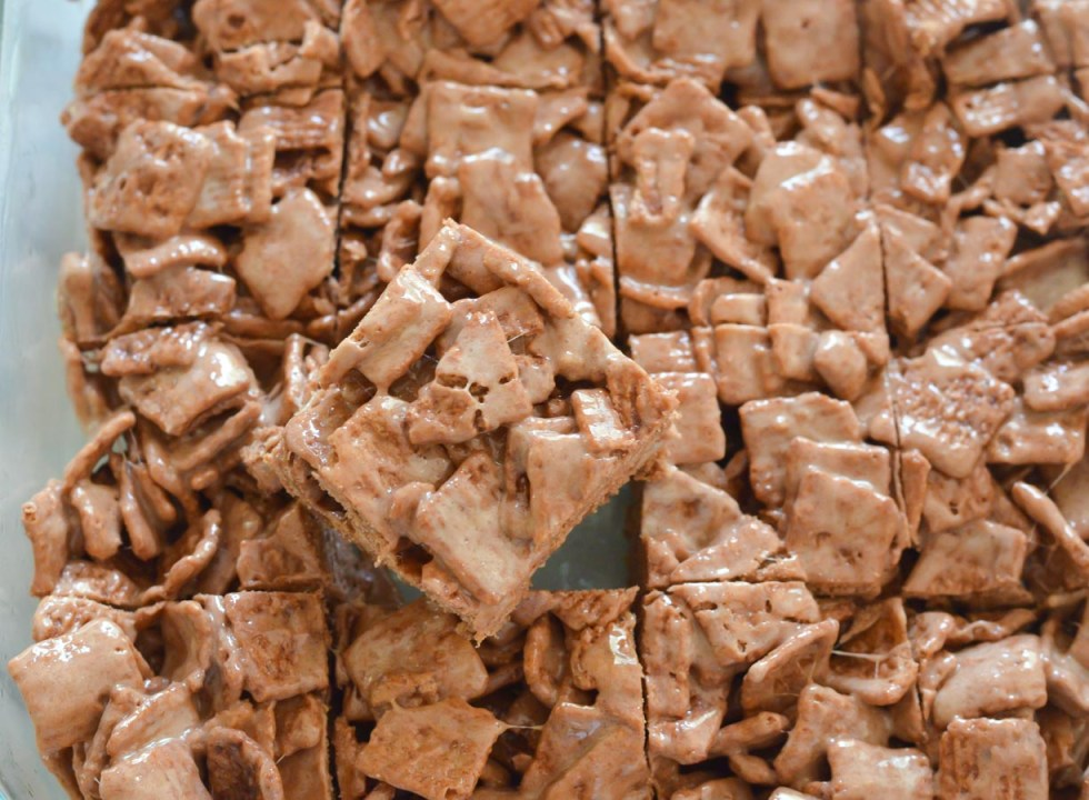 Chocolate Cinnamon Toast Crunch Bars