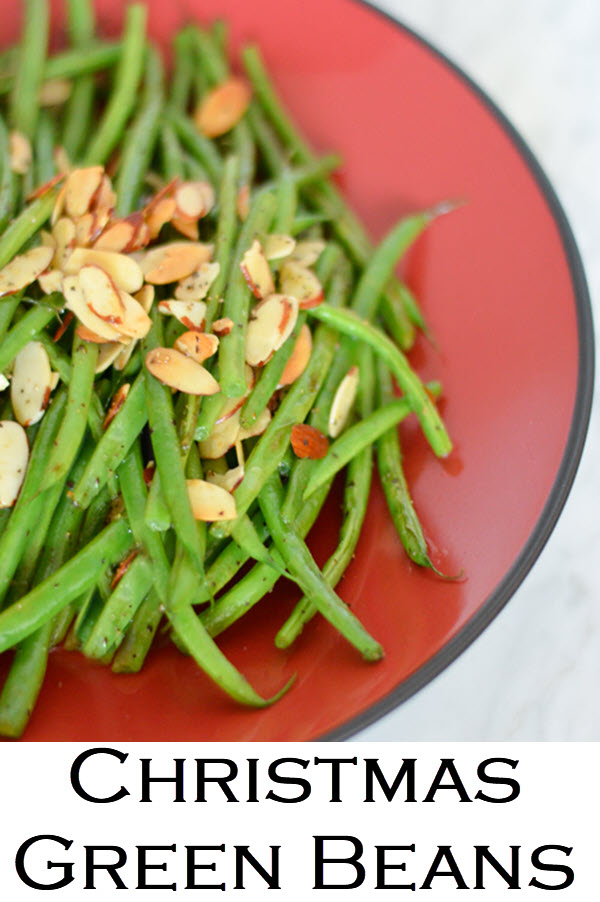 Christmas Green Beans.This green bean almondine recipe is simple and easy. A great Christmas and Thanksgiving side dish. #LMrecipes #vegetables #greenbeans #sidedish #plantbased #vegan #vegetarian #healthy #chirstmasdinner #thanksgiving #thanksgivingdish #foodblog