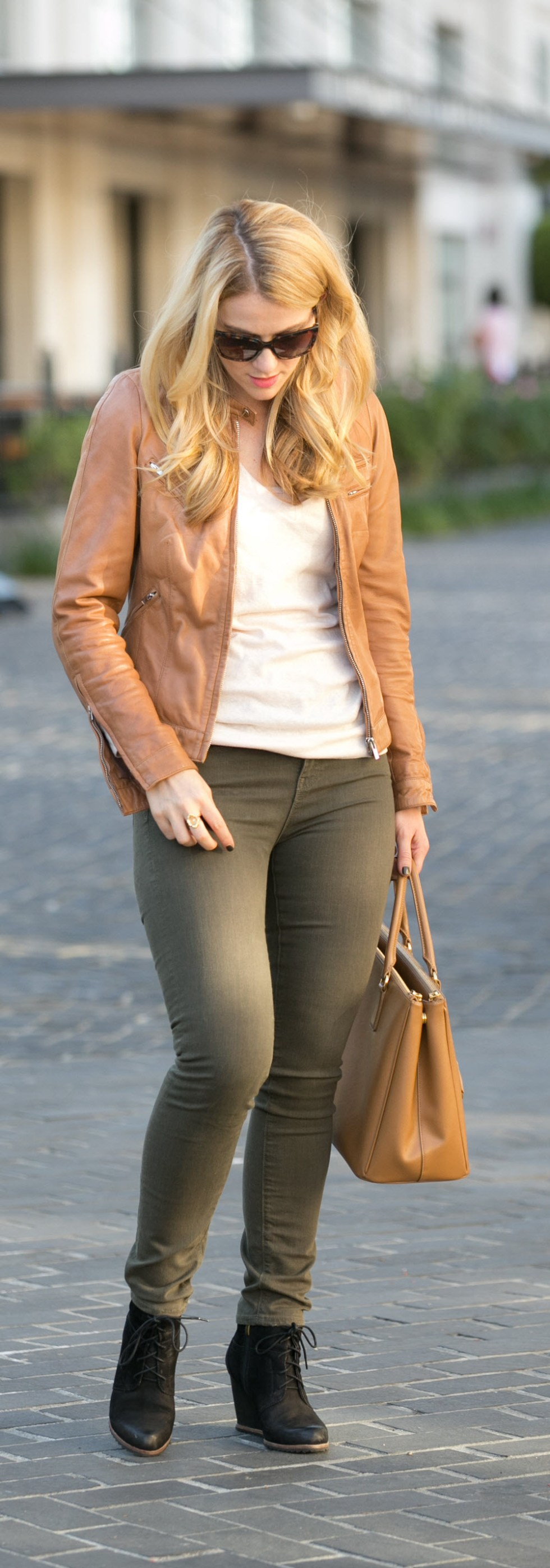 Tan Leather Bod & Christensen Jacket + Caramelo Prada Saffiano Tote Outfit