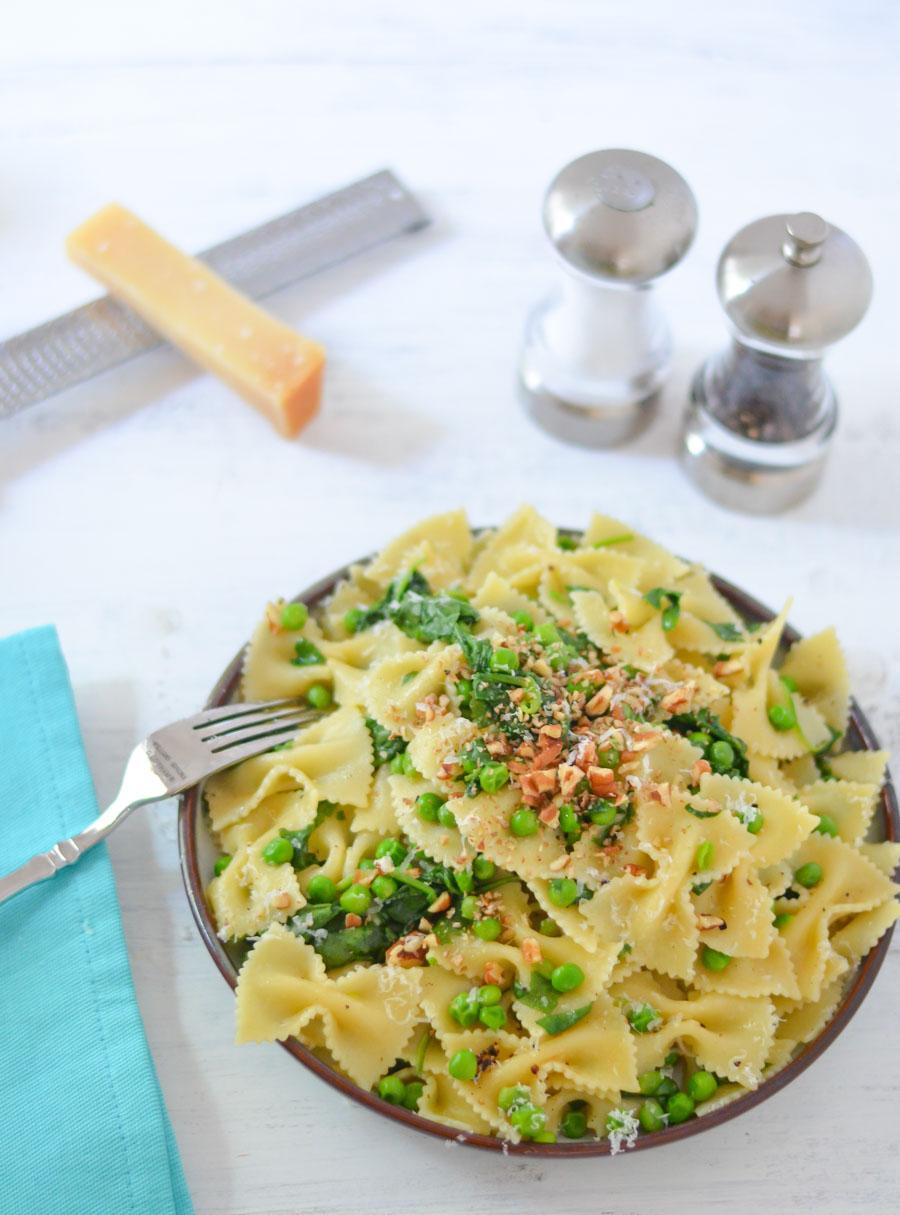 Easy vegetarian pasta recipe one pot peas pasta lucis morsels one pot peas pasta dish easy vegetarian pasta recipes forumfinder Gallery