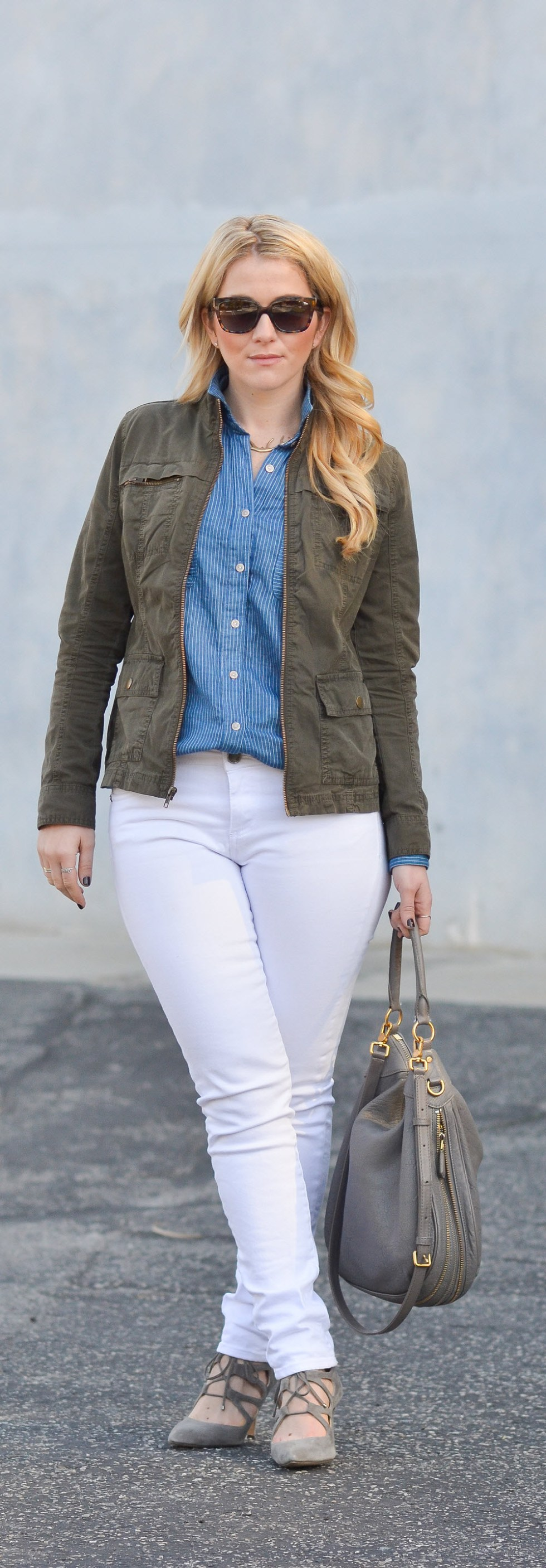 California Tailored Blue + White Button Down Shirt + Jeans - What I Wore LA Street Style