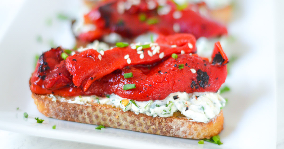roasted bell pepper toast w herbed goat cheese  no cook