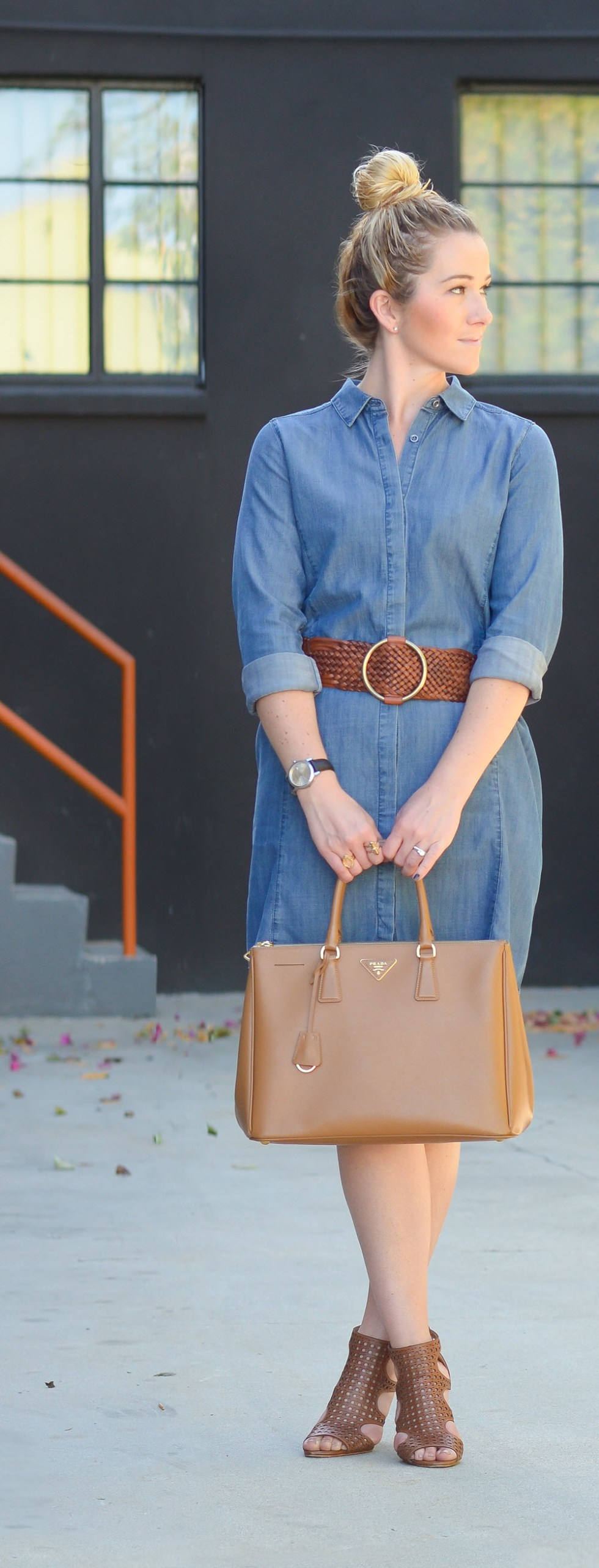 How to Style Long Sleeve Denim Shirt Dress for Spring w. Large Braided Belt. Spring Outfit Ideas.