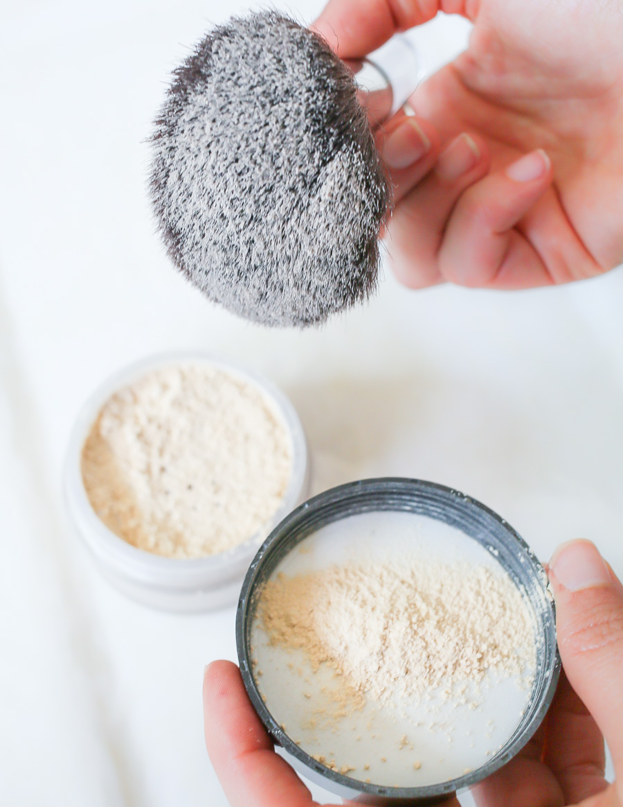 How To Apply Finishing Powder