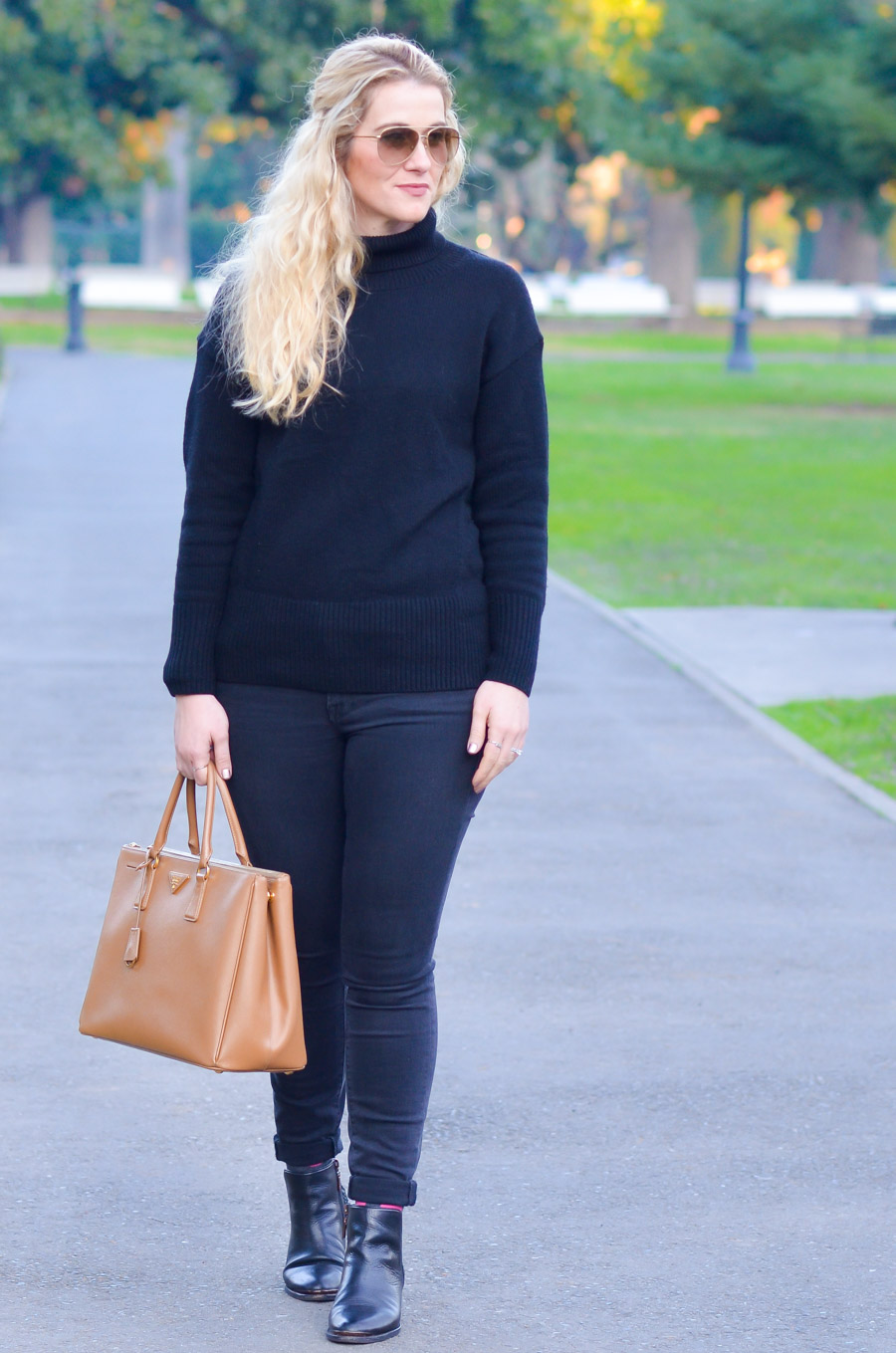 Ankle Boots + Skinny Jeans Cuffed Outfit for Women