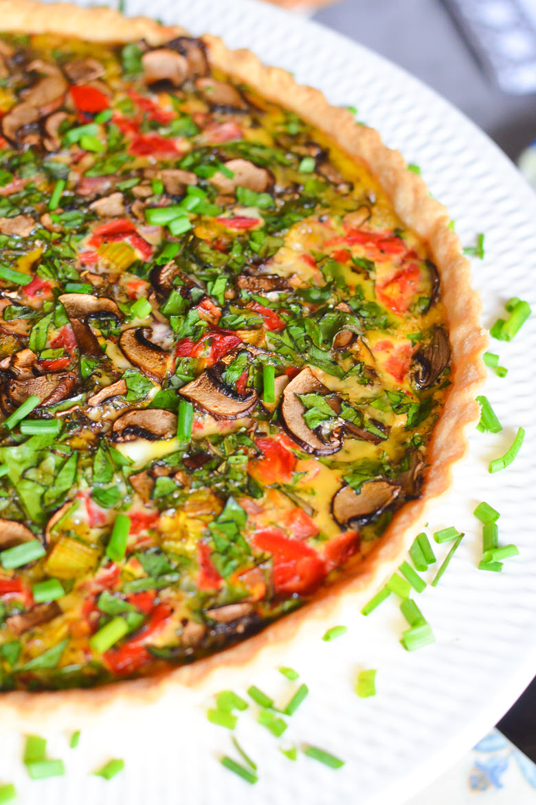 Red Pepper Quiche | Galentine's Day Breakfast