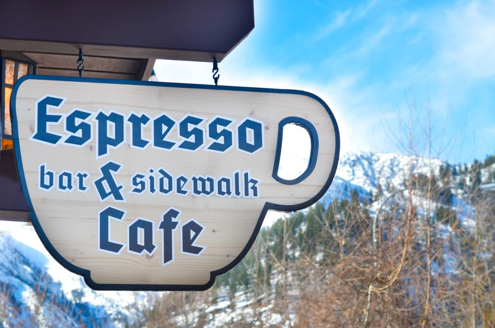 Where to Eat + Stay, What to Do in Leavenworth, Washington
