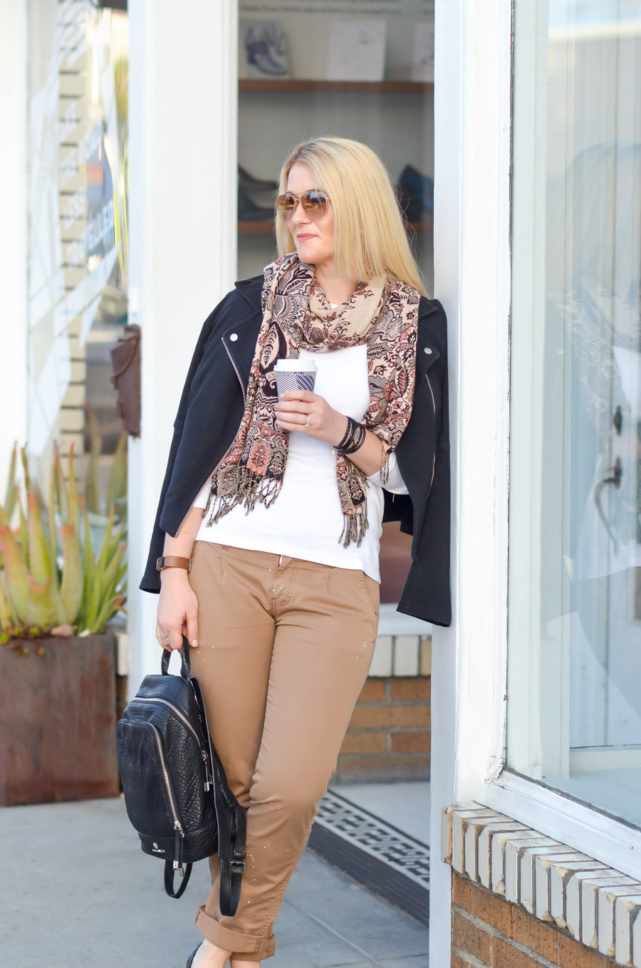 Women's Khaki Pants Outfit for Spring w. Black Flats