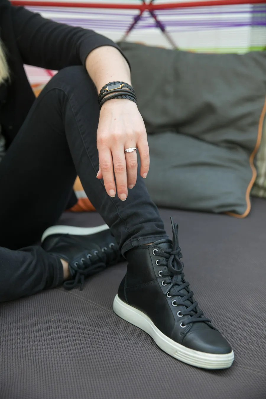How to Wear High Top Sneakers Women's Outfit Inspiration