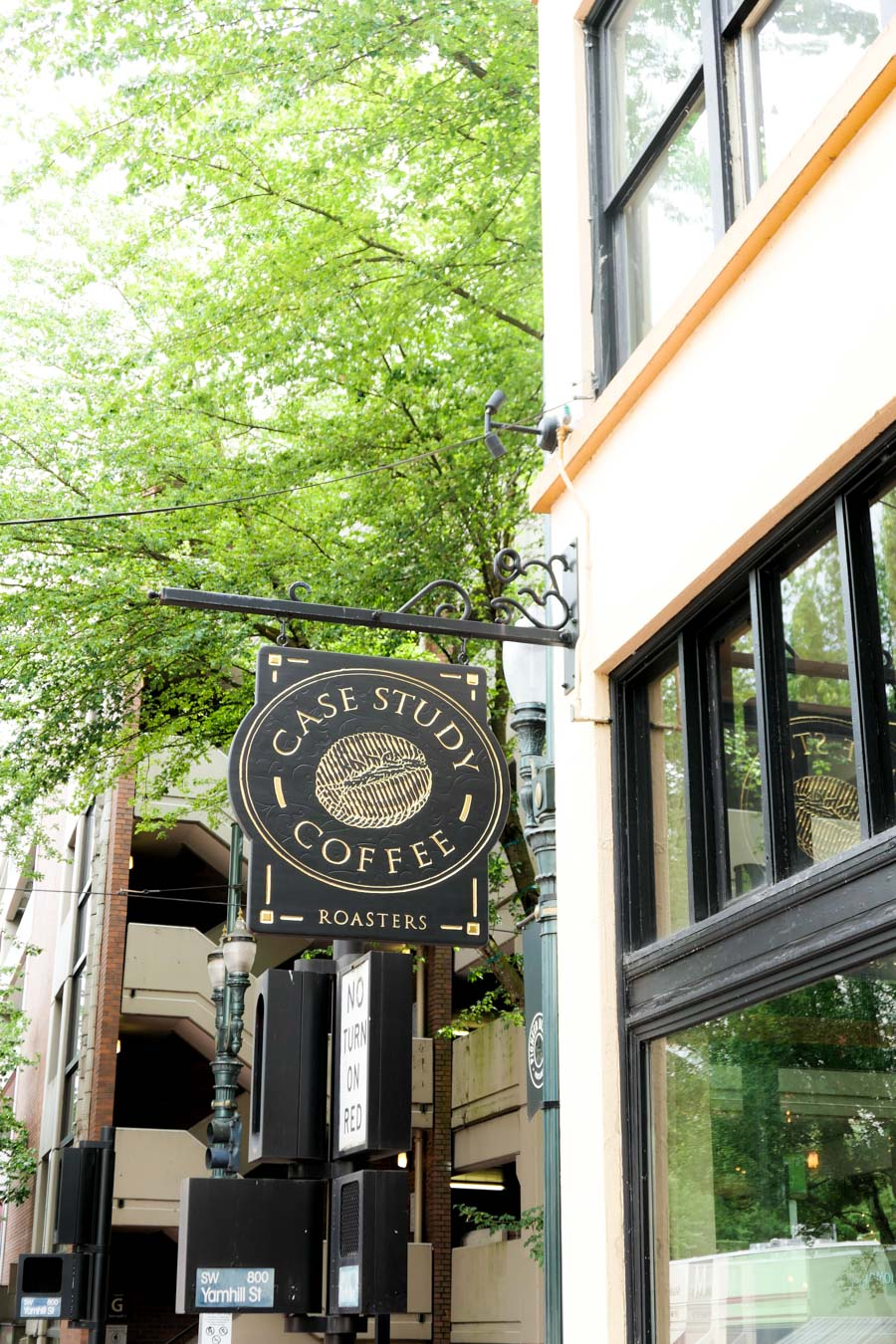 Perfect Weekend in Downtown Portland Travel Guide - Where to Eat + Shop