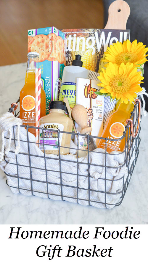 Homemade Foodie Gift Basket. DIY Food Lover's Gift Basket w. IZZE drinks, magazines, crackers, spread, flowers, chocolate, etc.! Perfect Homemade Best Friend Gift Idea! #homemade #gifting #gifts #diy #foodie #hostess #hosting #foodlover