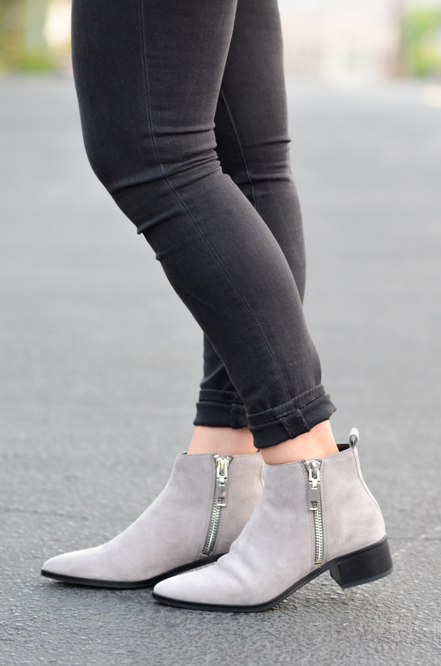 Dolce Vita Grey Suede Ankle Boots Outfit for Women
