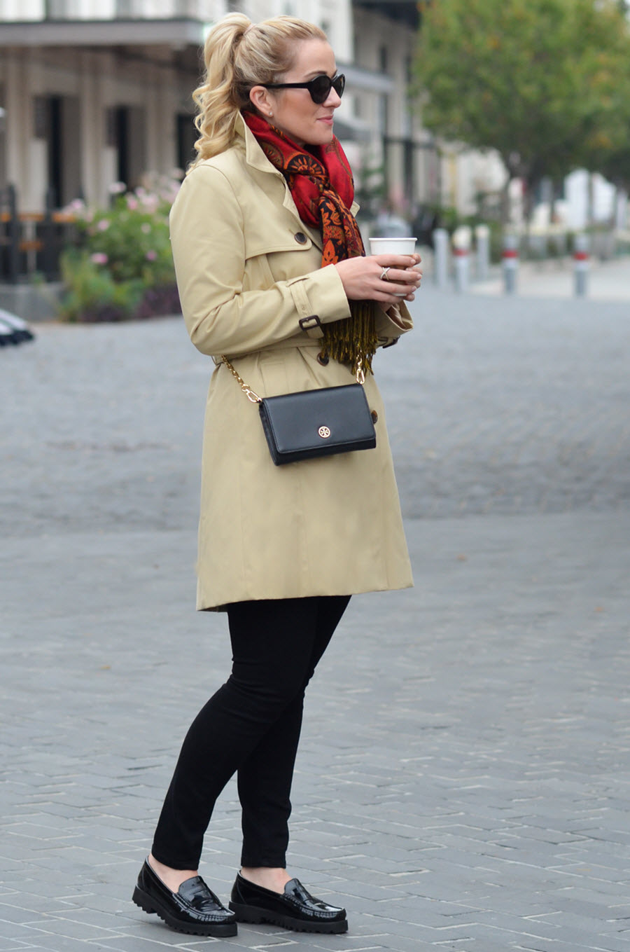 Casual Trench Coat Outfit for Women