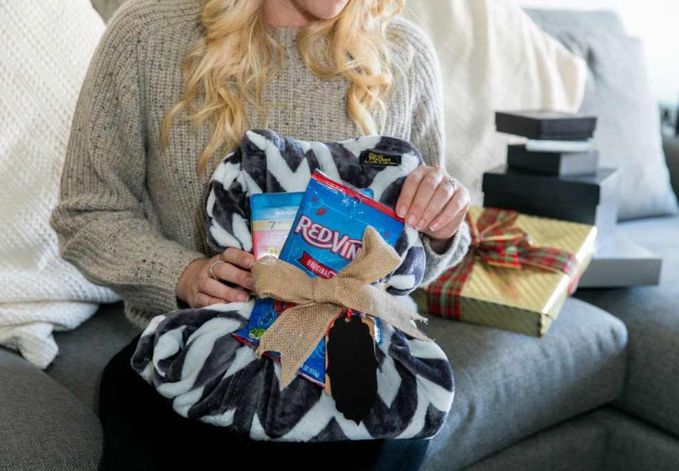 PediPocket Blanket Cozy Holiday Gift Idea