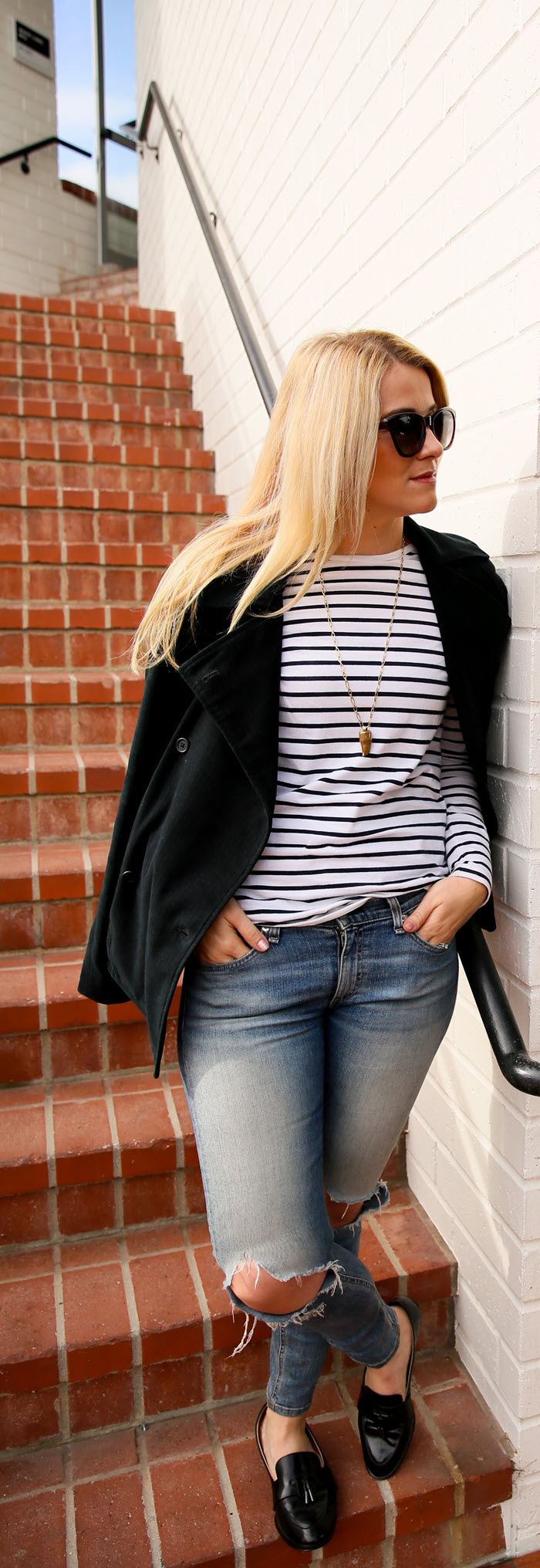 Women's Striped Blazer Outfit with Jeans - Why You Should Buy Some Clothes too Big #fashionblog #outfitideas #fashionblogger #winterstyle #fallfashion #stripes #blazer #womensfashion #womensstyle #womenover30 #losangeles #denim #rippedjeans #rippeddenim #ragandbone #lablogger