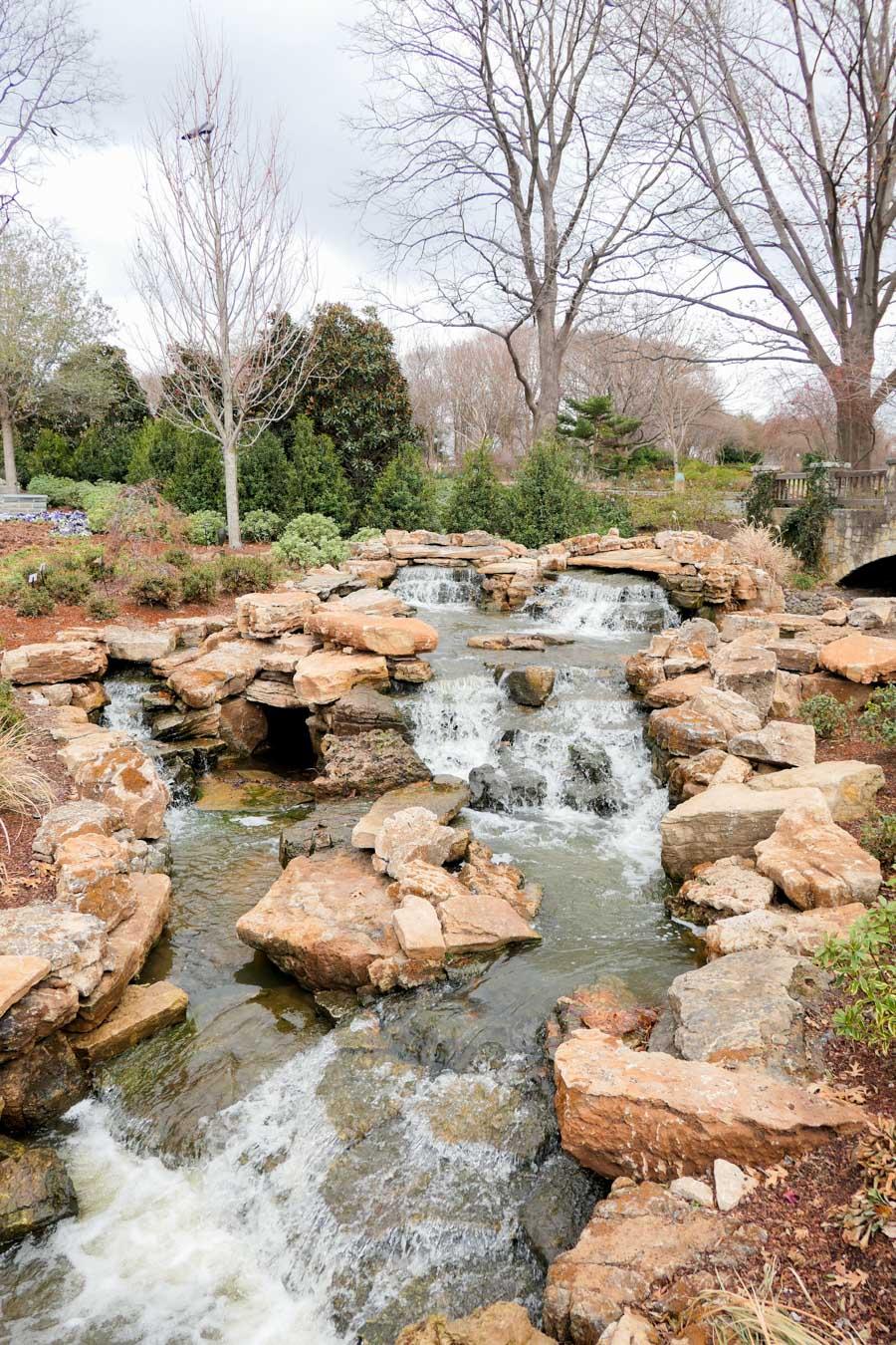 Dallas Arboretum + Botanical Gardens Photos + Review   Waterfall Fountain