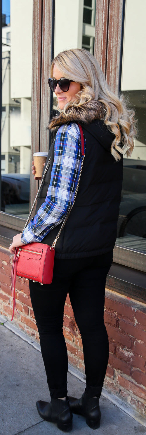 Plaid Shirt with Black Vest Outfit with Red Purse #ootd #ootdshare #outfitideas #outfitshare #fashionblog #fashionblogger #styleblogger #womenover30 #plaidshirts #winterfashion #fallfashion