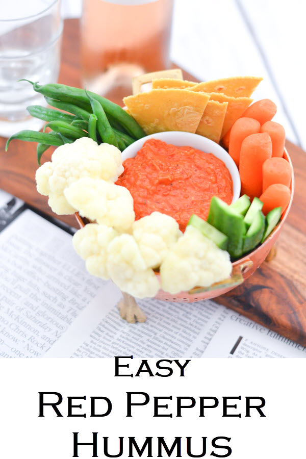 Easy Red Pepper Hummus. Roasted Red Bell Pepper Hummus + Crudites - Cute Hors d'oeuvres Ideas. easy entertaining with fast dip recipe..