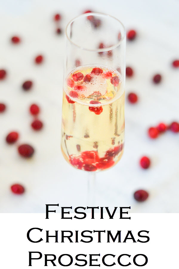 Festive Christmas Prosecco. Delicious prosecco cocktails. Christmas drink ideas never looked so good and were so easy. These sparkling wines serving ideas are perfect for the holidays.