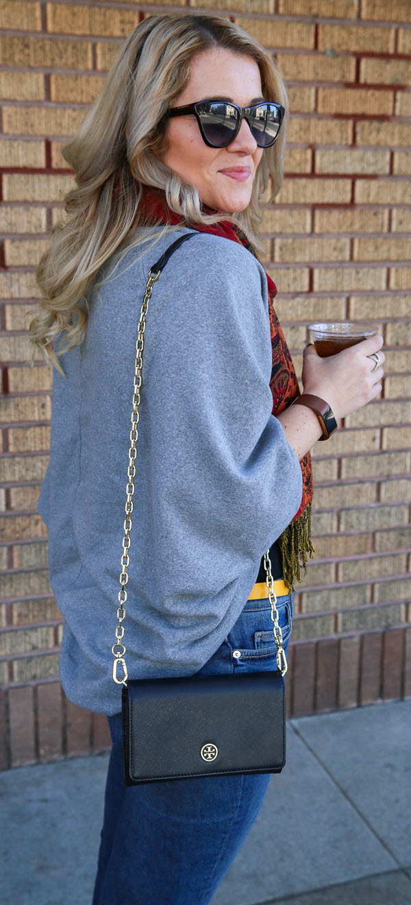 Casual Spring Outfit for women. A cocoon cardigan sweater outfit with jeans and a scarf. Also, read this review of the most comfortable women's loafers - available in patent leather!