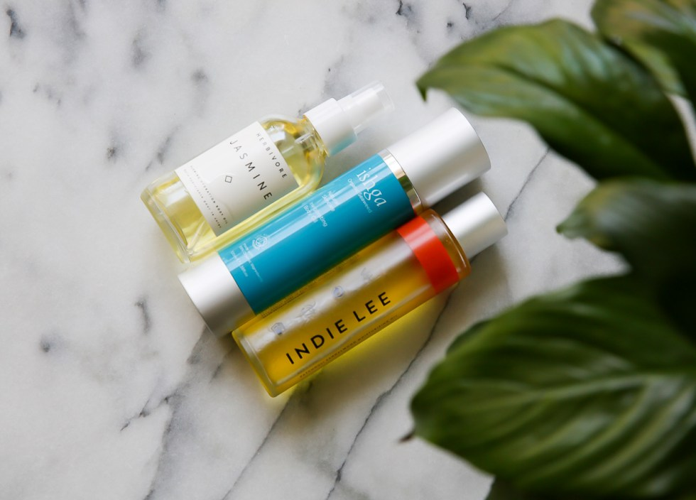 How to Use Body Oil with Sensitive Skin