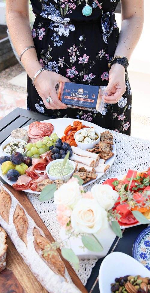 How to Setup a Meat & Cheese Platter. Charcuterie. al fresco Dinner Party Menu, Setup Tips. Easy, Late Summer Dinner Party Menu, Setup Tips w Make-Ahead Recipes #dinnerparty #dinner #makeahead #makeaheadrecipes #recipes #healthy #summer #entertainig #hostess #lmrecipes