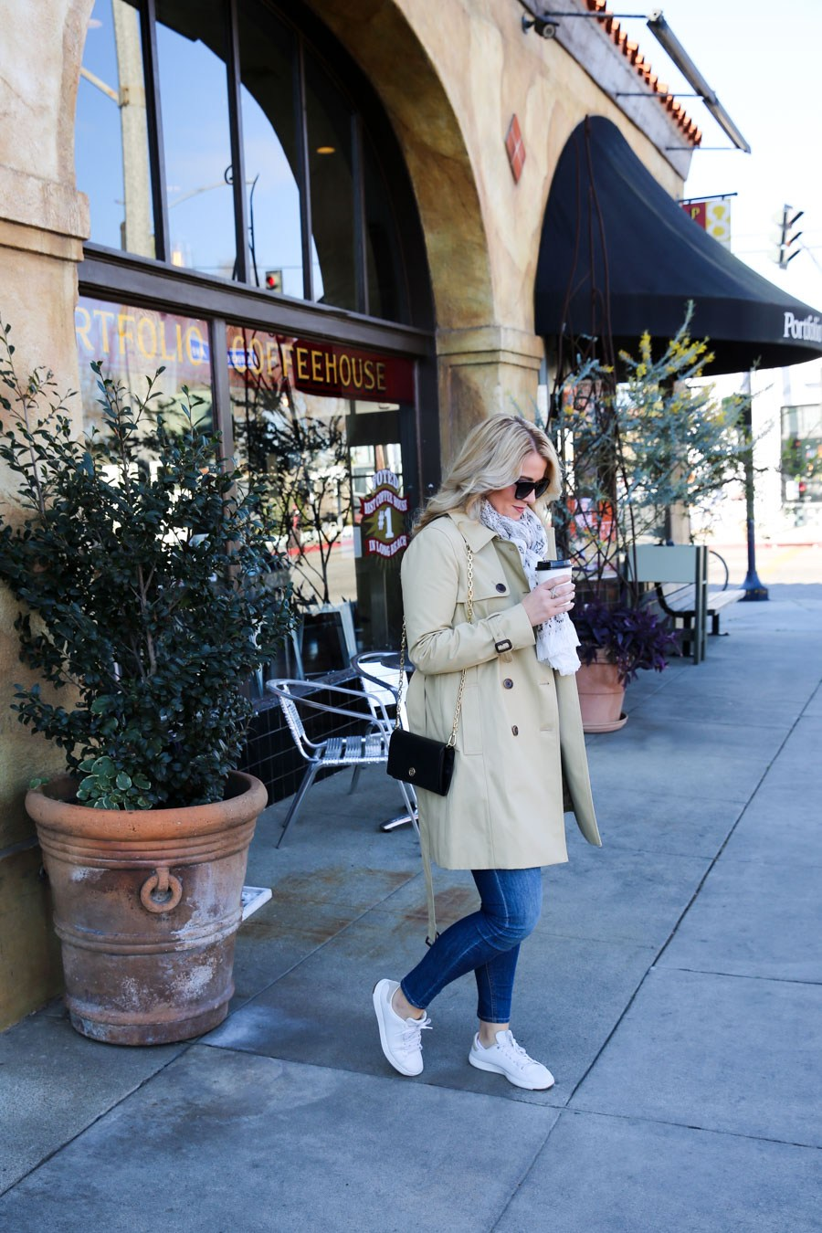 Tory Burch Clutch Outfit with Trench Coat and Jeans