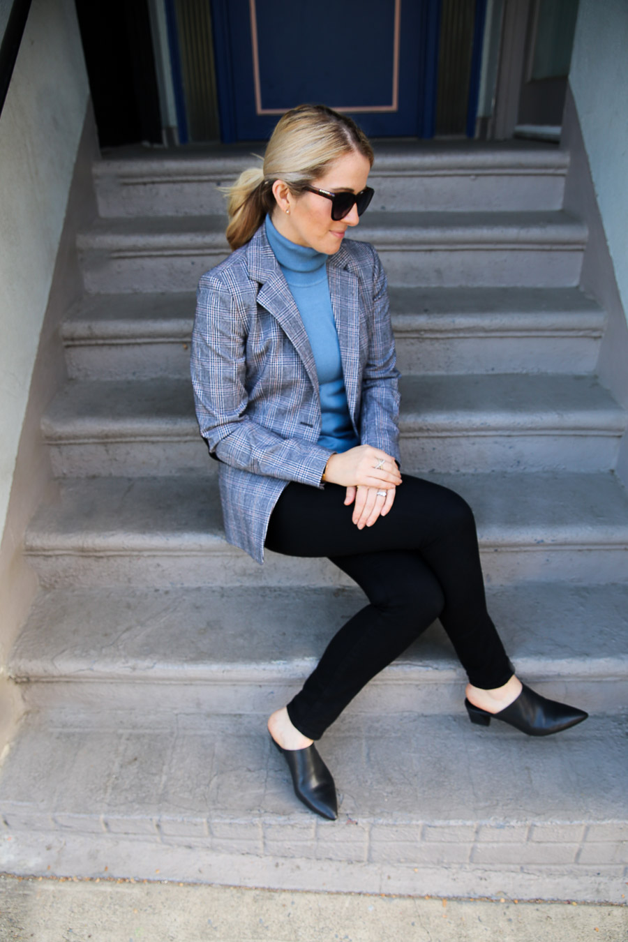 Turtleneck and Blazer Outfit for Women