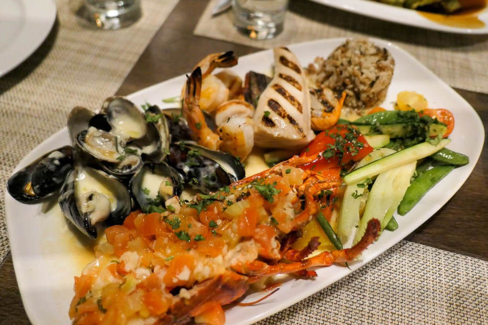 Must Visit Vancouver Restaurants and Coffee Shops Casual - Provence Marinaside
