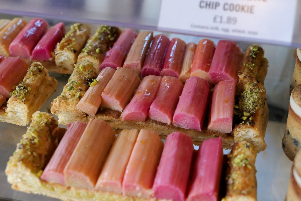 Daylesford Farm Shop + Restaurant - Gloucestershire - Rhubarb Tart