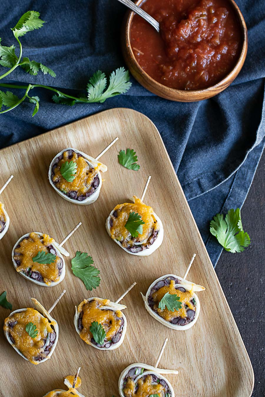 Mexican Pinwheels - Mexican Roll Ups with Black Beans - Vegetarian, Cold Mexican Appetizer