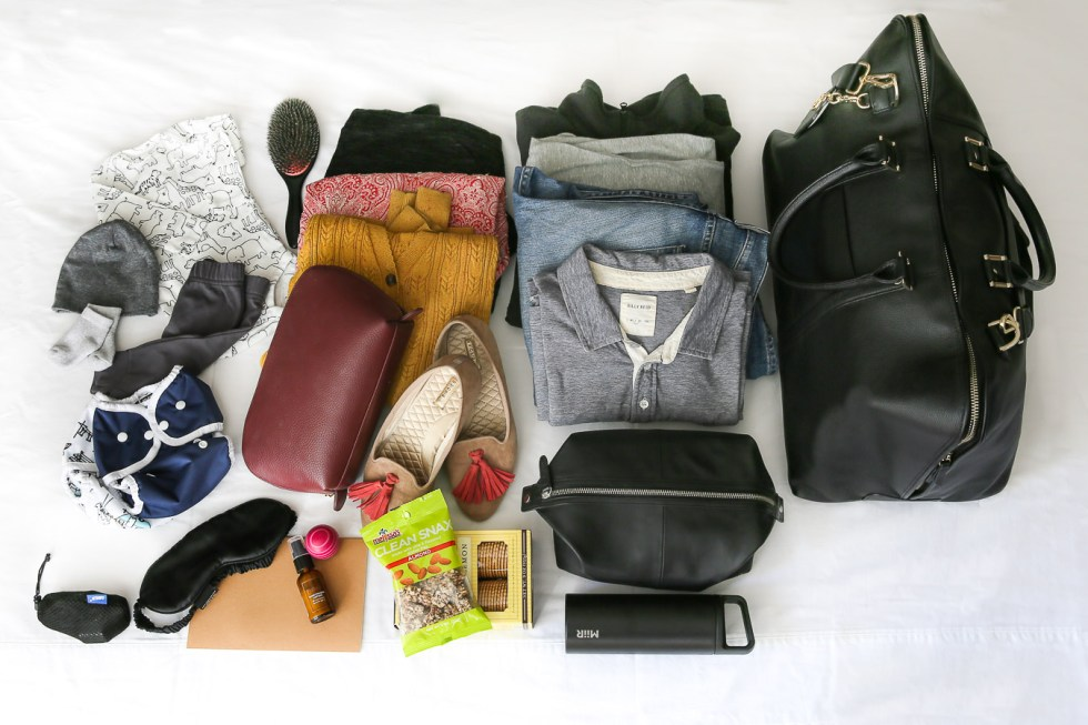 What to Pack in your Go Bag for Labor